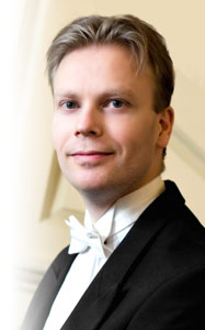 Why choose Chris Langdown for your wedding pianist